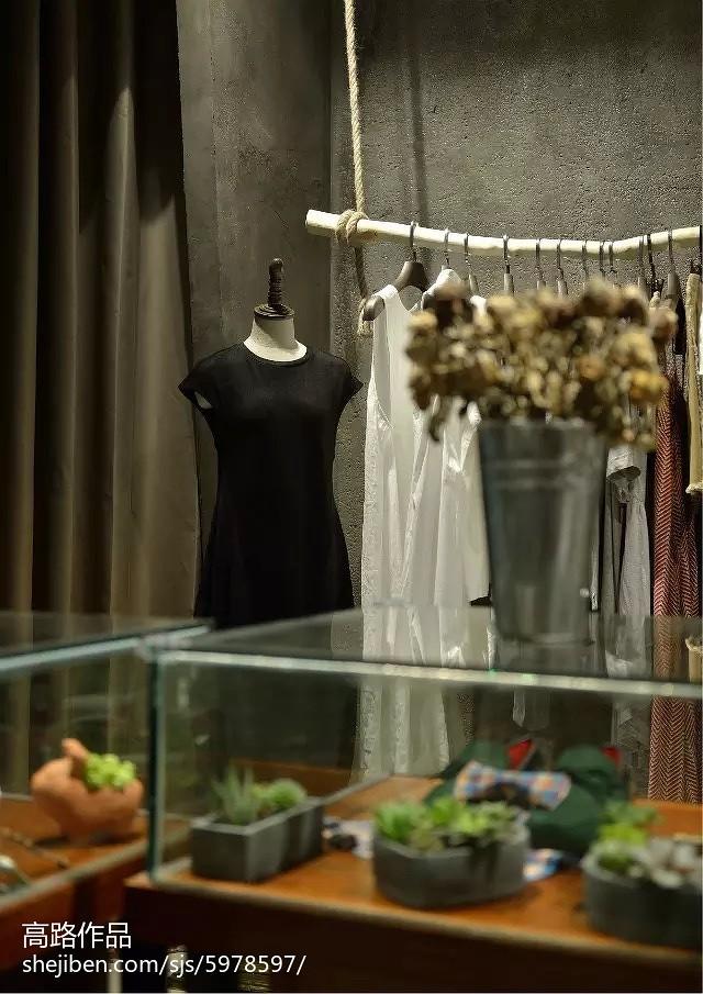 女服装店装修效果图
