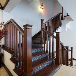 东南亚风格楼梯别墅装修图片