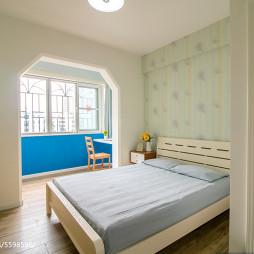 现代简约卧室隔断设计