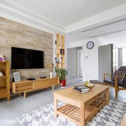 日式风格客厅木纹砖背景墙效果图