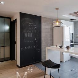 家装现代吧台装修图