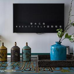 混搭格调电视背景墙效果图
