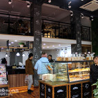 咖啡店面包区设计图片