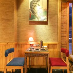日本料理餐厅餐桌设计