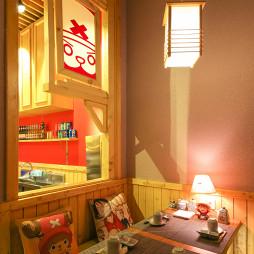 日本料理餐厅卡座区设计