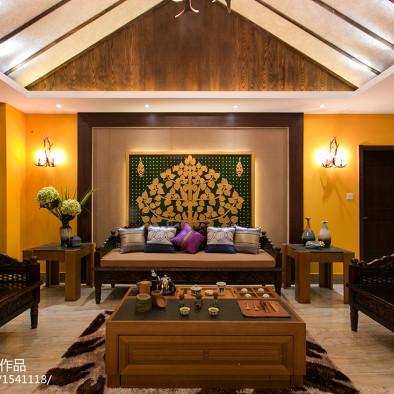 东南亚古典时尚客厅装修图