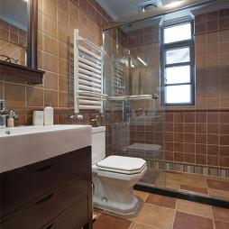 优雅风美式浴室装修