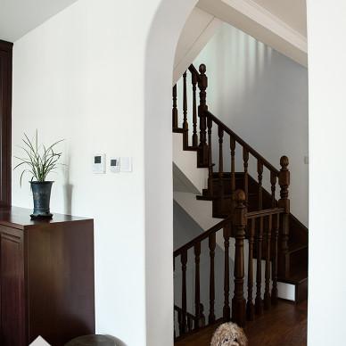 美式情愫风楼梯装修