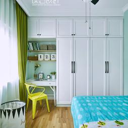北欧休闲风衣柜设计