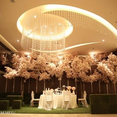 杜兰朵婚纱影楼室内装修案例