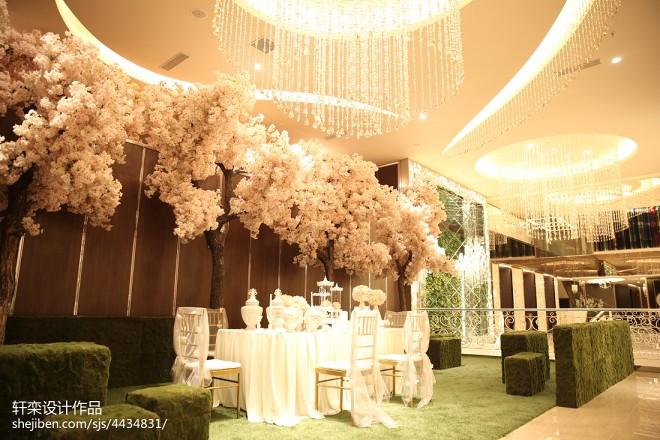 杜兰朵婚纱影楼大厅装饰图