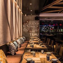 烤肉餐厅用餐区餐桌设计
