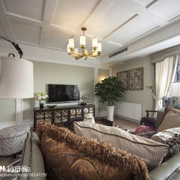 美式三居室客厅装修