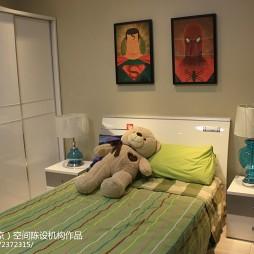 现代风格儿童房装修