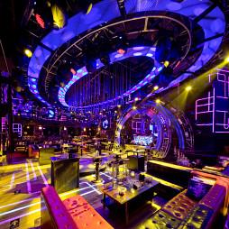 太原翰燊酒吧座位区设计