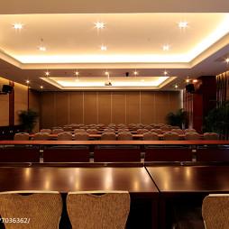 高尔夫中心会议室设计