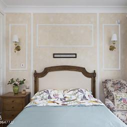 美式家装二居卧室壁纸设计图