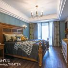 温馨美式风格家居卧室装饰图