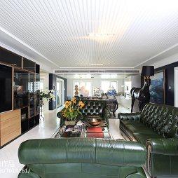 家装现代风格三居室客厅设计