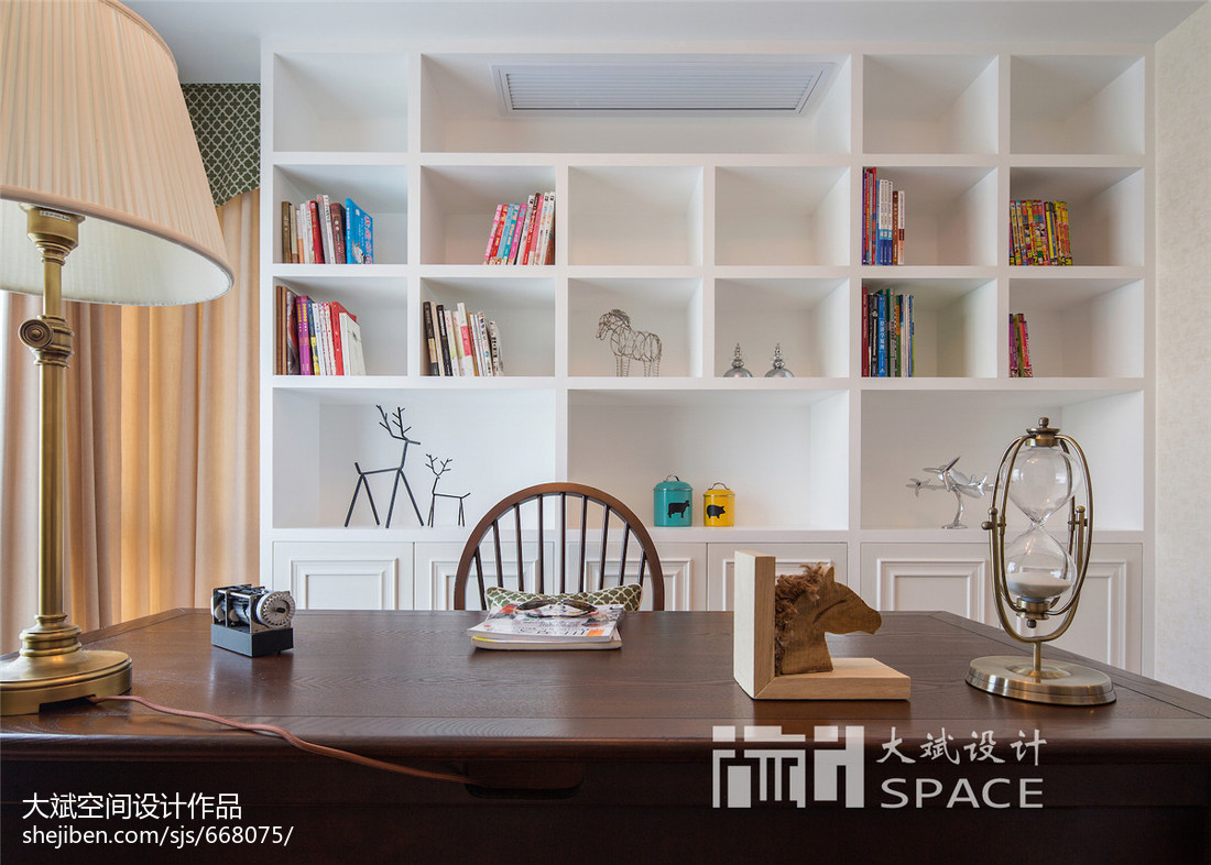 家居美式风格书架设计效果图