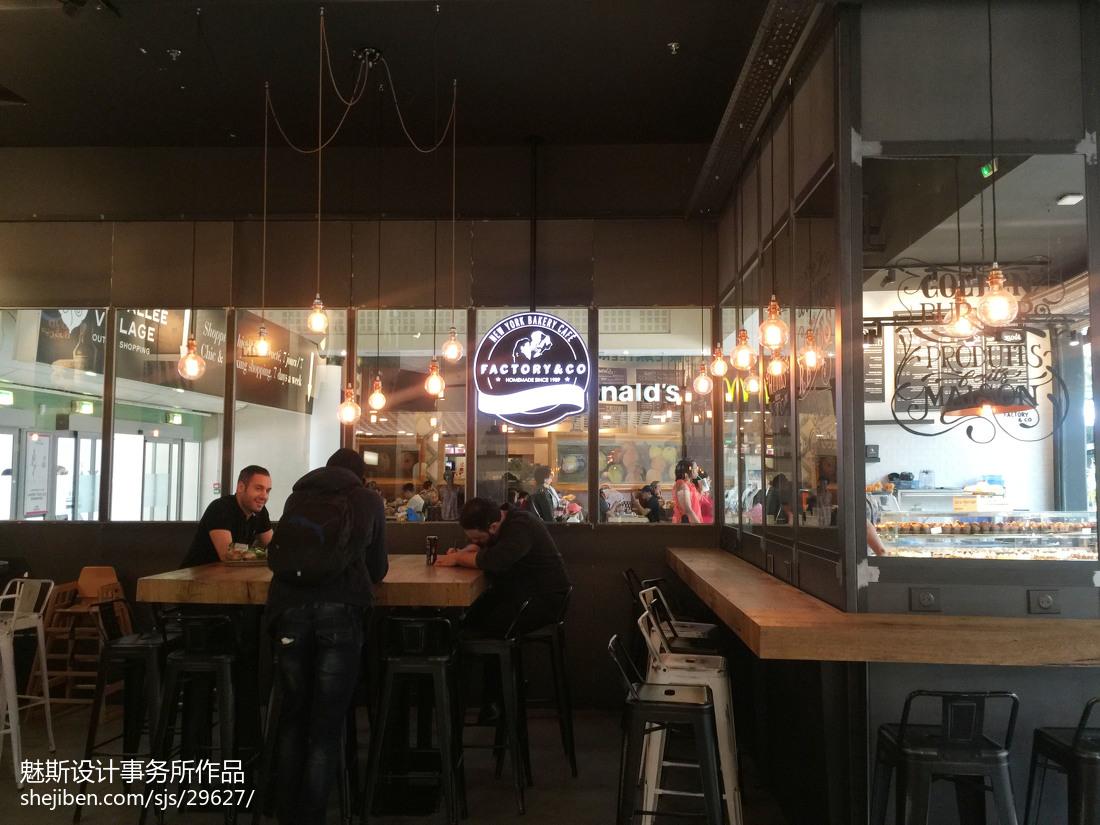 工装咖啡厅设计效果图