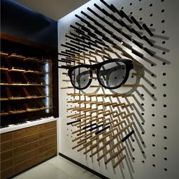 己目眼镜店设计案例