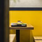 黄色部分和白色部分都是乳胶漆么?还是其他材质?