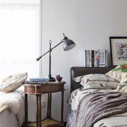 简约美式风格卧室床头柜设计