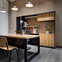 创意办公空间阅读区装修
