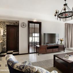 美式三居室客厅设计