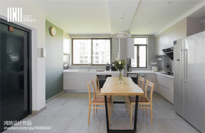 极致简欧风格三居室餐厅设计
