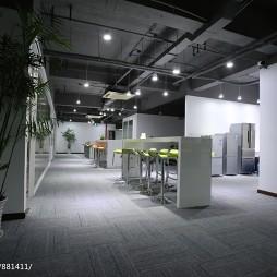 loft风格办公空间过道装修