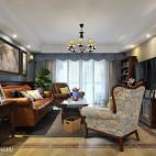 美式风格浅灰色客厅设计