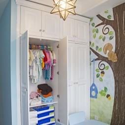 精致混搭风格儿童房衣柜效果图