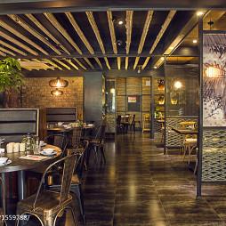 墨兰小馆中餐厅过道设计