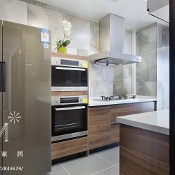 现代风格四居室橱柜设计