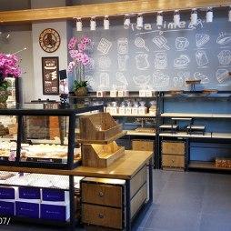 莱恩瑞亚蛋糕旗舰店展示架设计