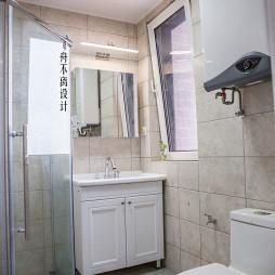 白色美式卫浴设计