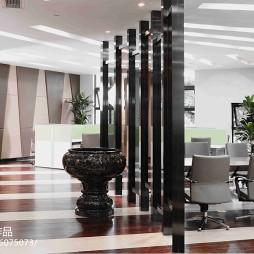 信和地产办公楼隔断设计