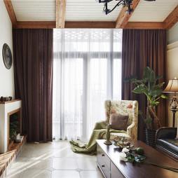 家装混搭风格客厅装修案例图