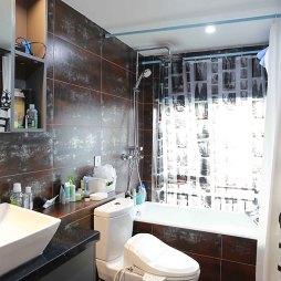 简单loft卫浴设计