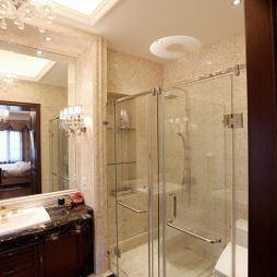 华丽新古典风格卫浴设计