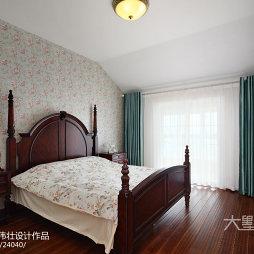 美式田园风格卧室装饰图