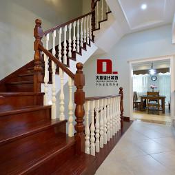 典雅混搭风格楼梯设计