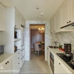 现代风格别墅厨房装修案例