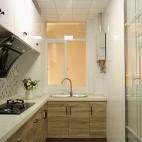 现代风格三居室小厨房设计