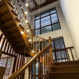 现代中式风格楼梯装修