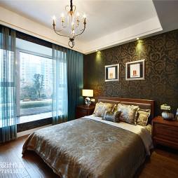 华丽东南亚风格卧室设计