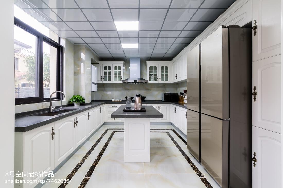 整洁欧式别墅厨房设计