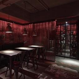 工装海盗鲜生酒吧设计